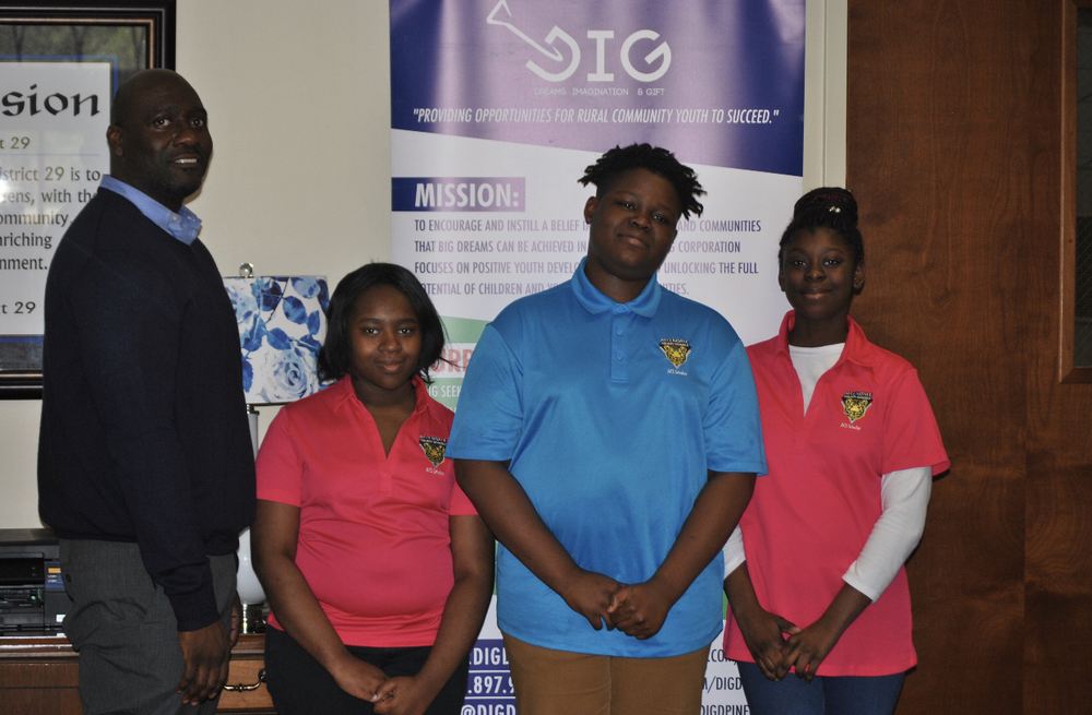Students create apps to solve community issues